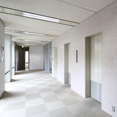 オフィスビル、エレベーターホール